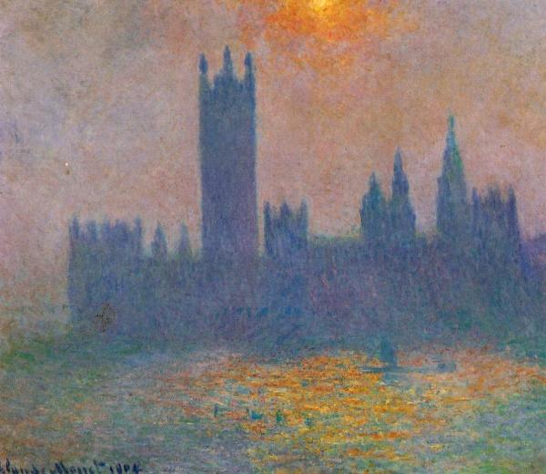 Houses of Parliament Effect of Sun in the Fog